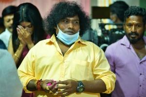 Actor Yogi Babu @ Contractor Nesamani Movie Pooja Stills