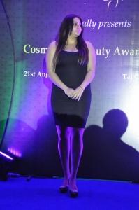 Actress Namitha @ Cosmoglitz Beauty Awards Photos