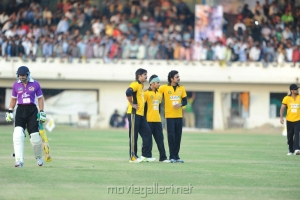 Crescent Cricket Cup 2012 Pictures