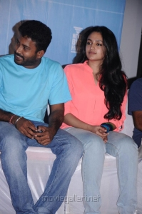Dinesh, Malavika Nair @ Cuckoo Movie Success Meet Stills