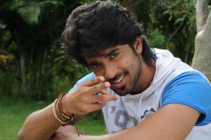 Actor Sanjay in Cut Chesthe Telugu Movie Stills
