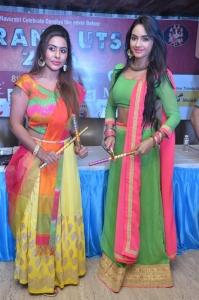 Pooja Sree, Sri Reddy Mallidi @ Dandiya Navrang Utsav 2016 Curtain Raiser Stills