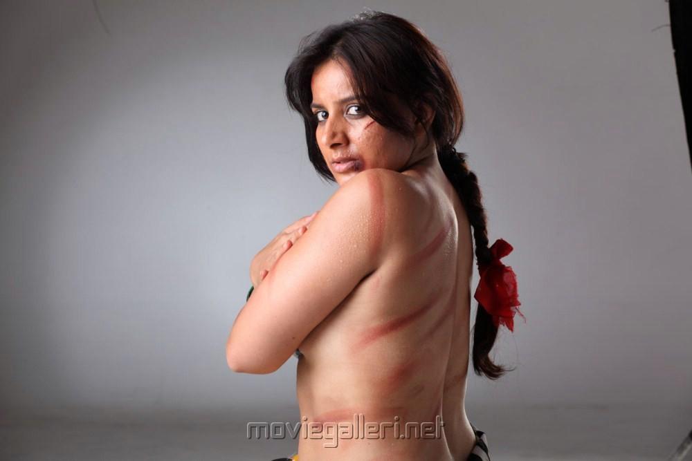 puja bhat topless on swimmingpool