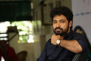Darsakudu Hero Ashok Bandreddi Interview Photos