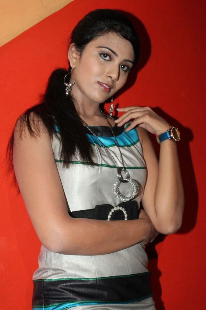 Darshana New Stills Darshana in Muyal Movie Stills (7
