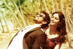 Vikram, Tabu in David Tamil Movie Stills