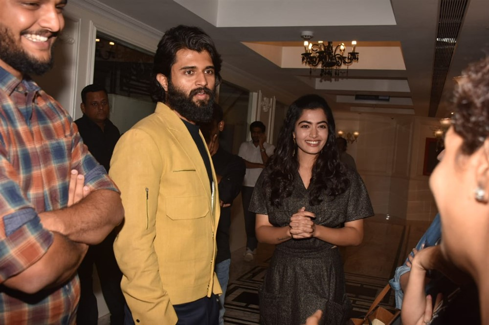 Vijay Deverakonda Rashmika Mandanna @ Dear Comrade Special Screening in Mumbai Photos