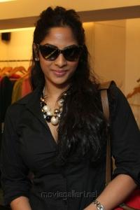 Actress Sriya Reddy at December Collection Pret Wear Launch Stills