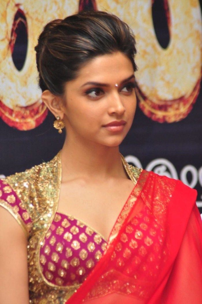 Picture 8454 | Deepika Padukone Hot Pics in Red Saree ...