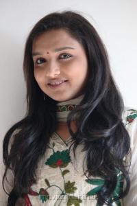 Thulli Vilayadu Heroine Deepthi Cute Stills