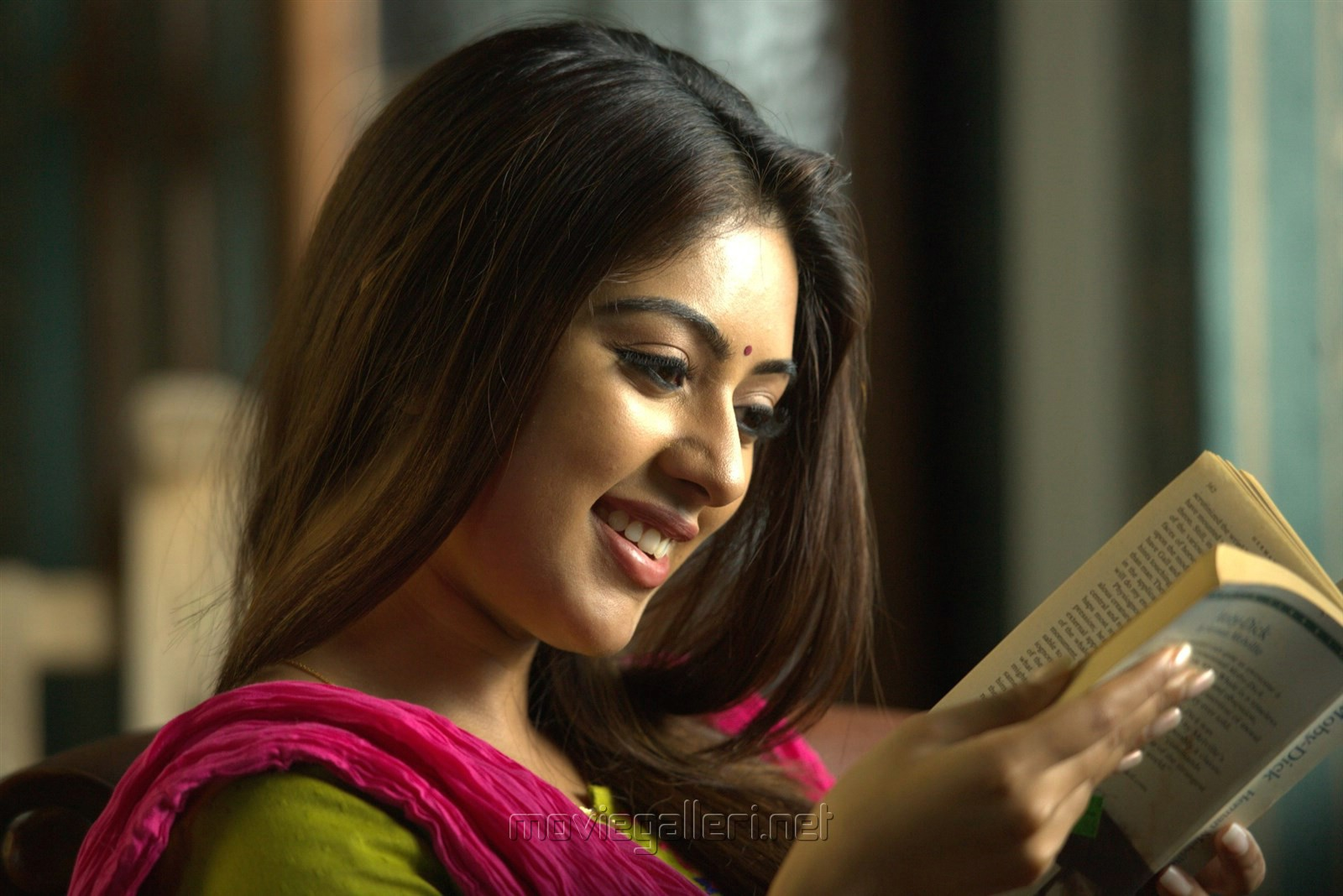 Actess Anu Emmanuel Detective Telugu Movie Images