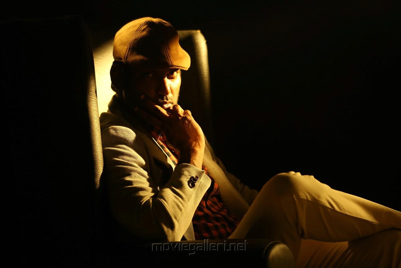 Actor Vishal Detective Telugu Movie Images