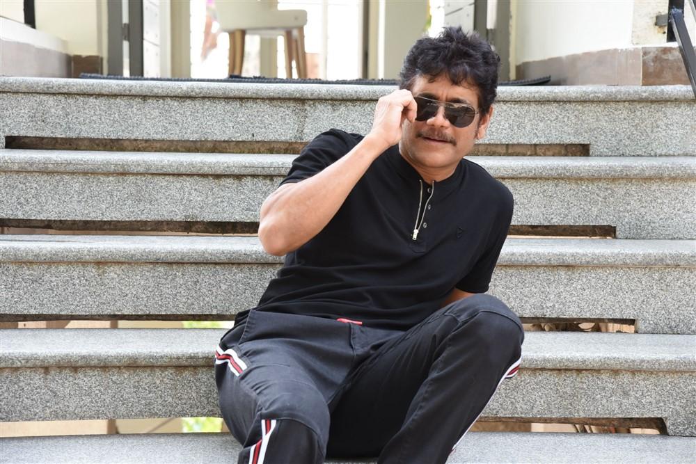 Devadas Hero Nagarjuna Interview Stills