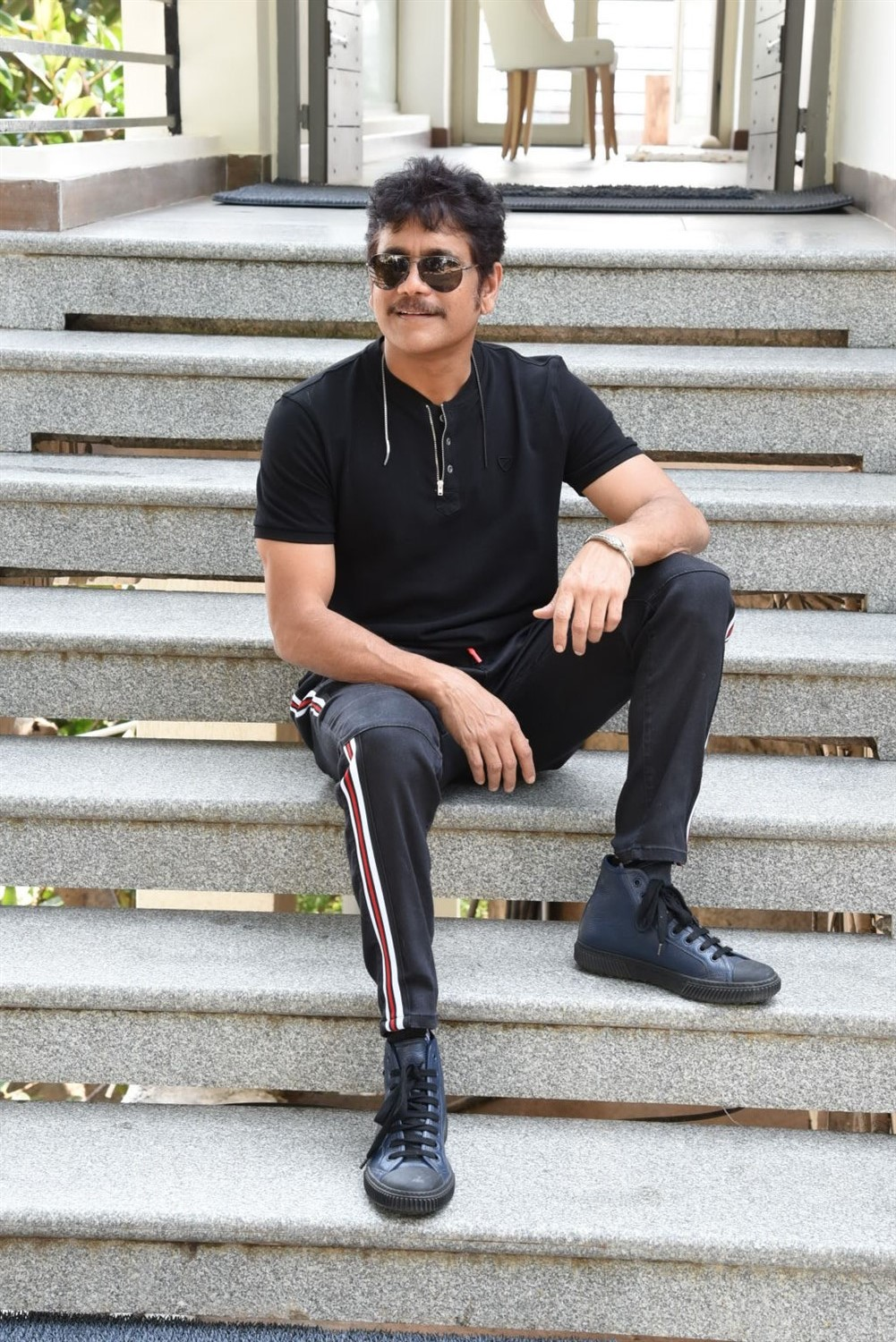 Devadas Movie Hero Nagarjuna Interview Stills