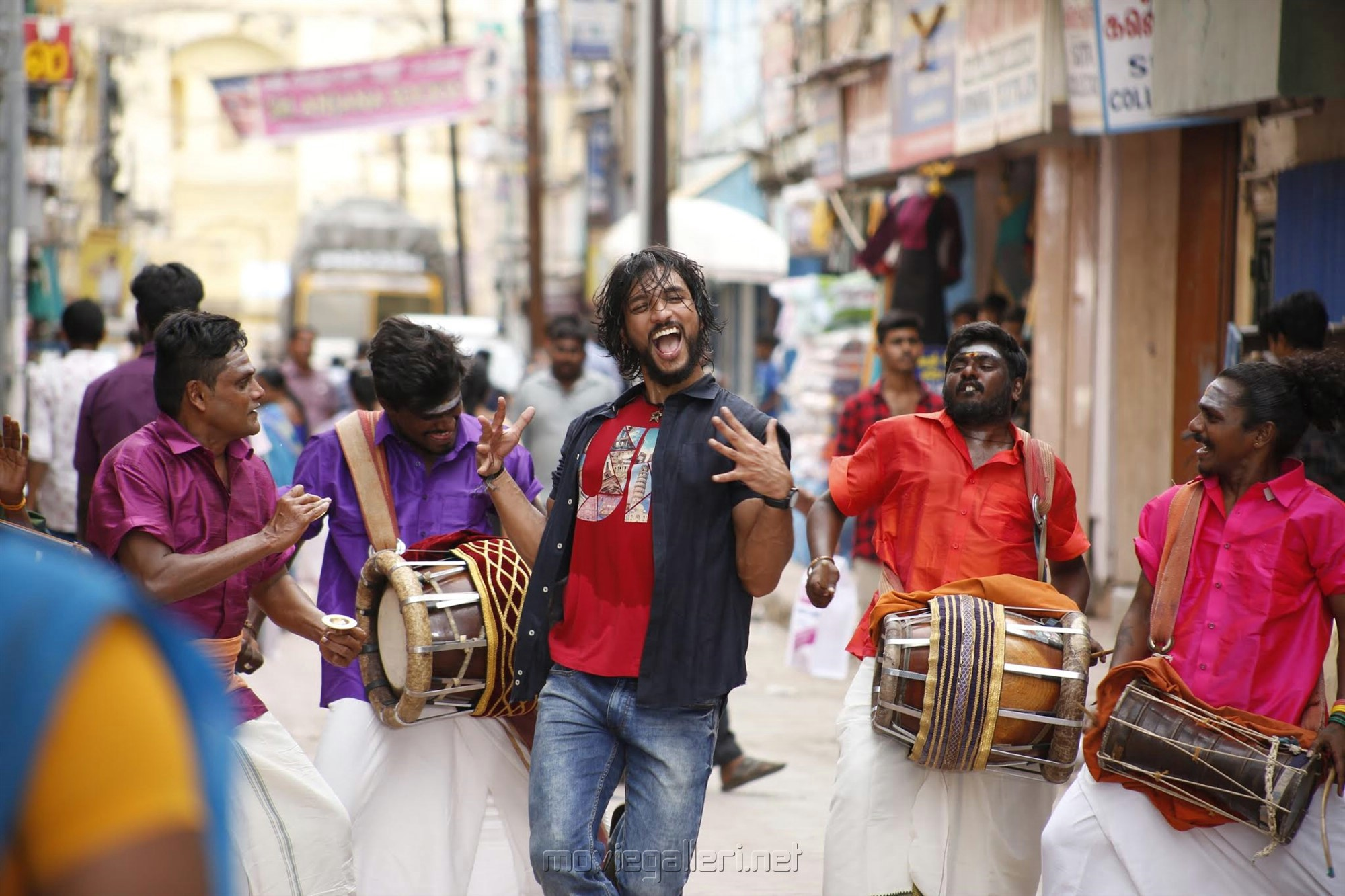 Gautham Karthik in Devarattam Movie Images HD