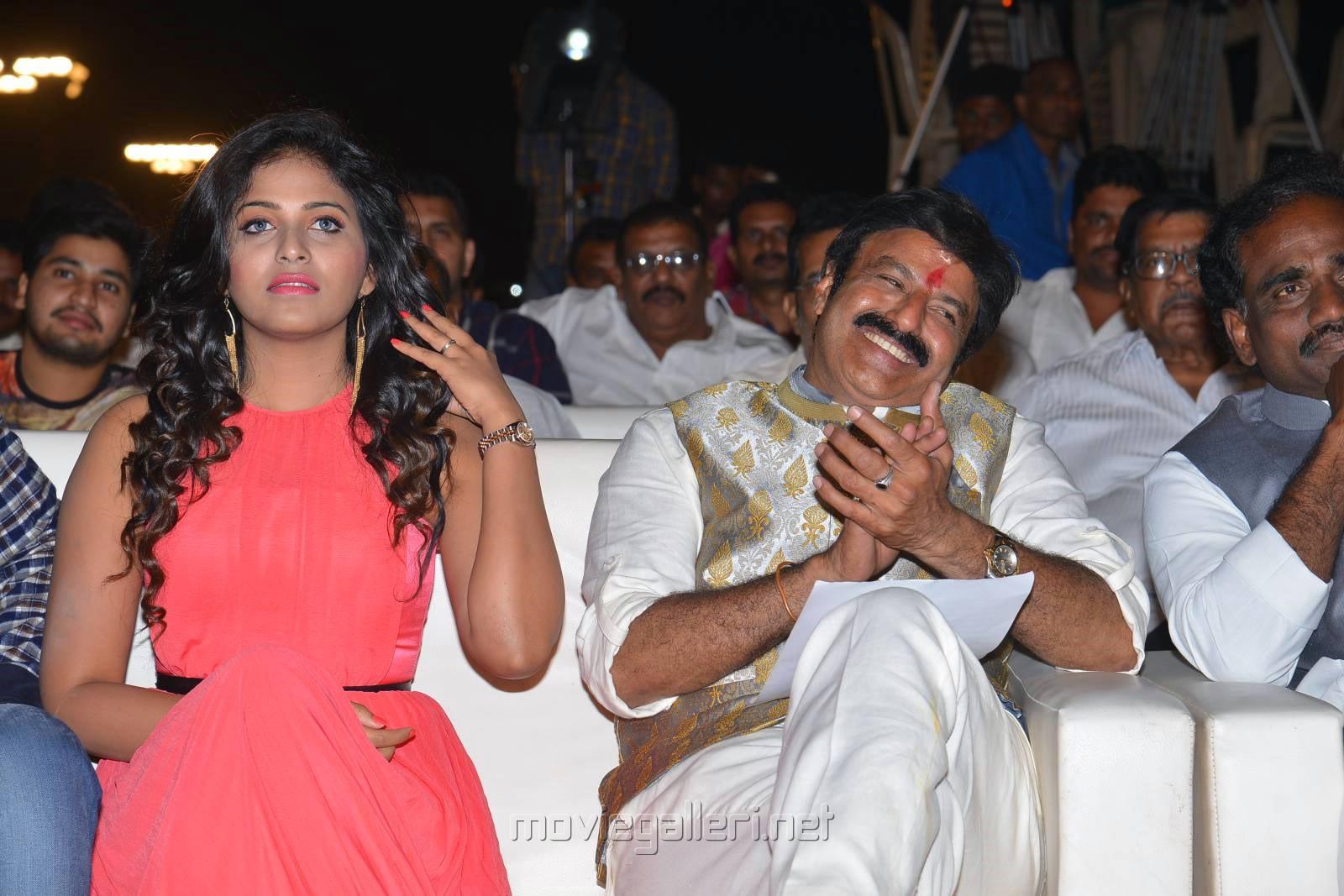 Anjali, Balakrishna @ Dictator Movie Audio Launch Photos