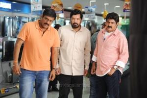 Sriwass, Posani Krishna Murali, Balakrishna @ Dictator Movie Working Stills