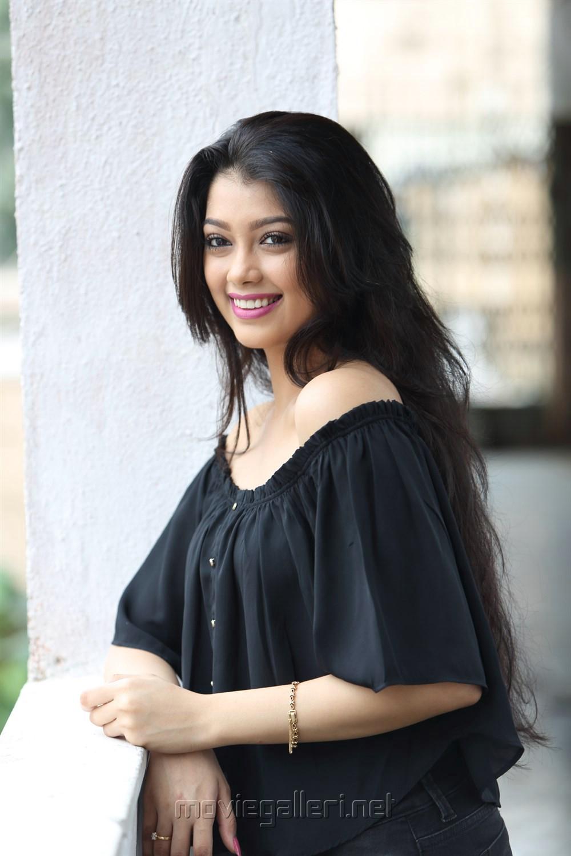 TV Actress Digangana Suryavanshi Hot Photoshoot Stills