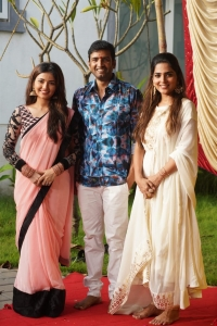 Shirin Kanchwala, Anagha @ Santhanam Dikkilona Movie Pooja Stills