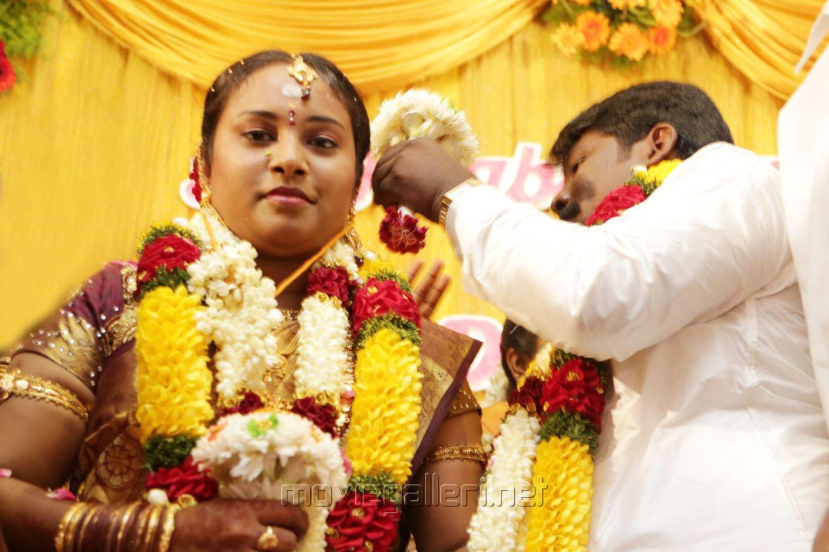Divya - Director SR Prabhakaran Wedding Stills