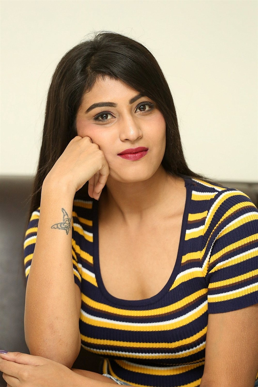 Actress Divya Rao Photos @ Degree College Movie Press Meet