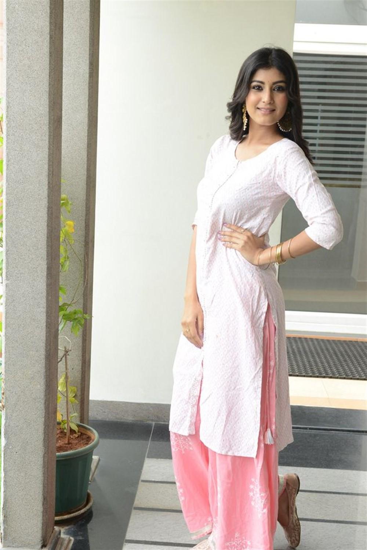 Heroine Divya Rao Pictures @ Degree College Success Meet