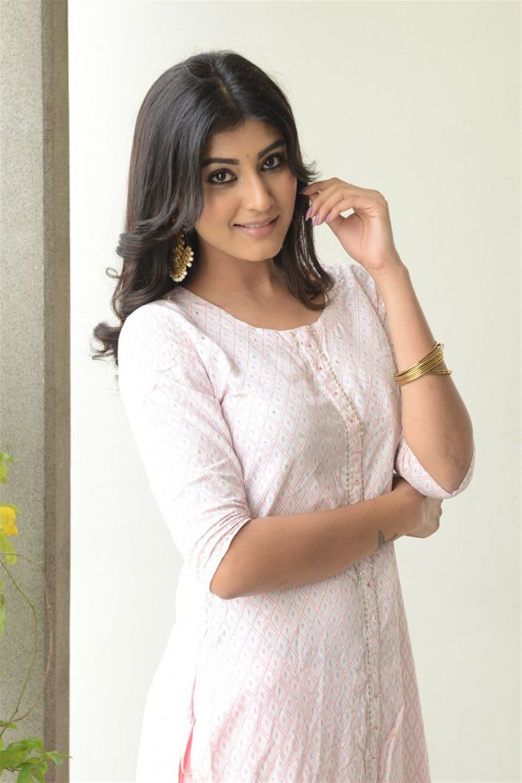 Degree College Movie Actress Divya Rao Pictures