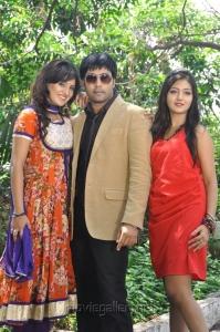 Kavitha, Jai Akash, Khushi Mukherjee at Donga Prema Movie Opening Stills