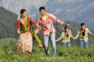 Mahesh Babu Samantha Hot Dookudu Stills