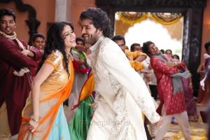 Lavanya Tripathi, Manchu Vishnu in Doosukeltha Telugu Movie Stills