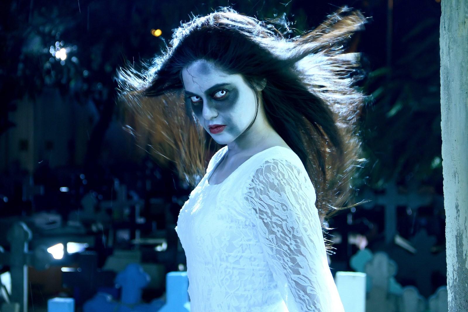 Bindu Madhavi in Dora Telugu Movie Stills
