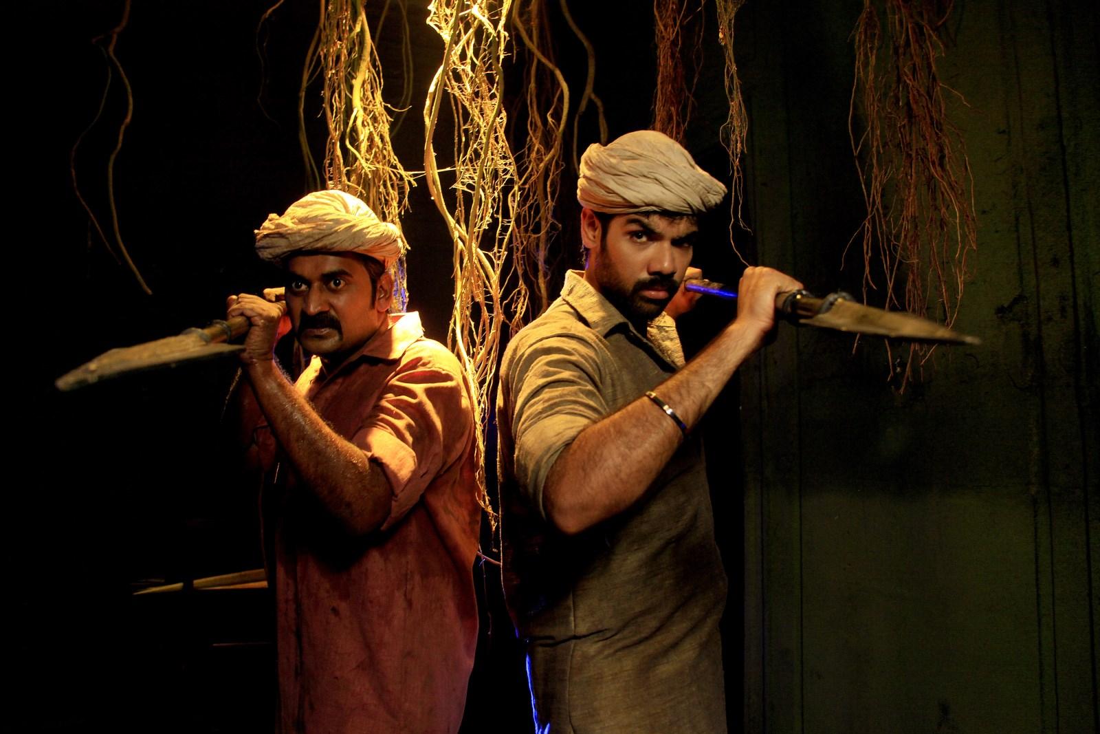 Karunakaran, Sibiraj in Dora Telugu Movie Stills
