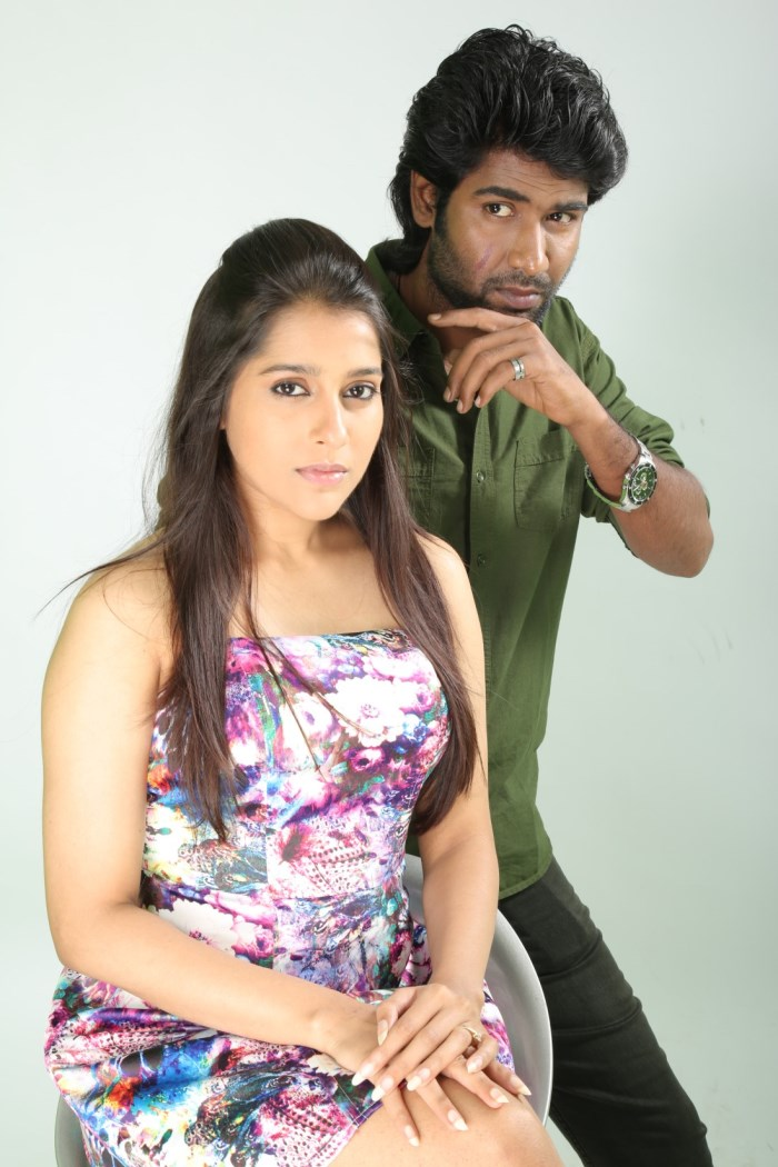 Rashmi Gautam, Sanjay Sivan in Dowlath Movie Stills