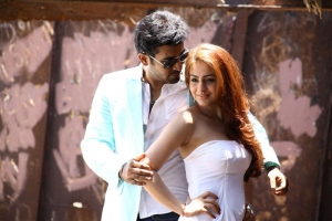 Vijay Antony, Aksha in Dr Saleem Movie Stills