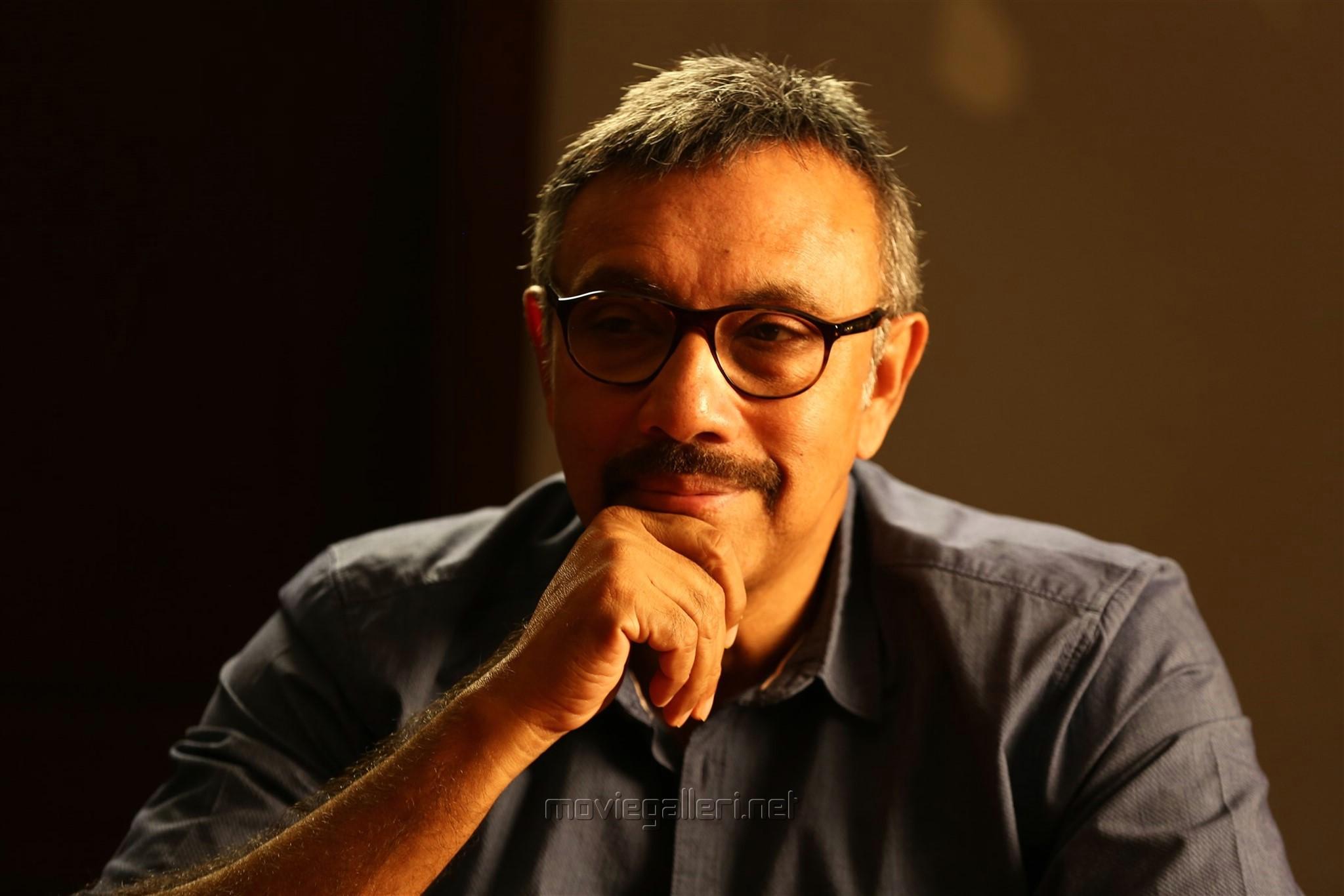 Actor Sathyaraj in Echarikkai Idhu Manithargal Nadamadum Idam Movie Stills HD