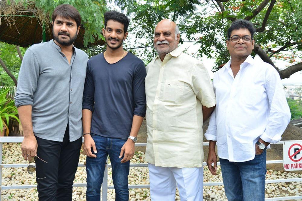 Srikanth, Vijay Raja, K Raghavendra Rao, Sivaji Raja @ Edaina Jaragochu Movie Launch Stills