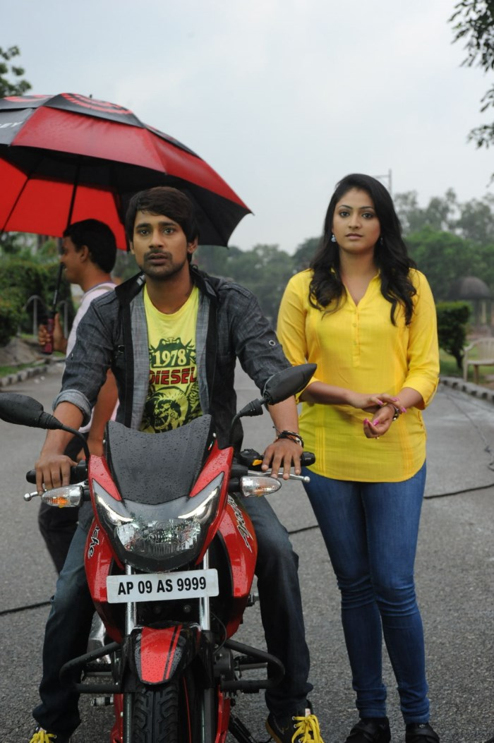 Haripriya, Varun Sandesh @ Ee Varsham Sakshiga Movie Location Stills
