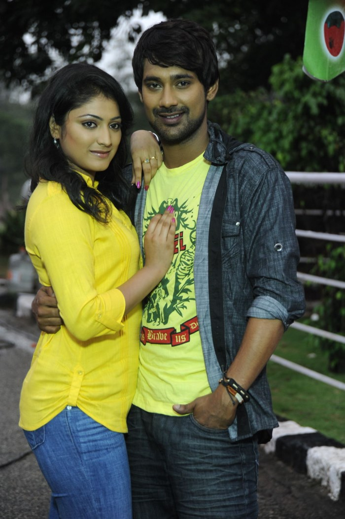 Haripriya, Varun Sandesh @ Ee Varsham Sakshiga Movie Location Photos
