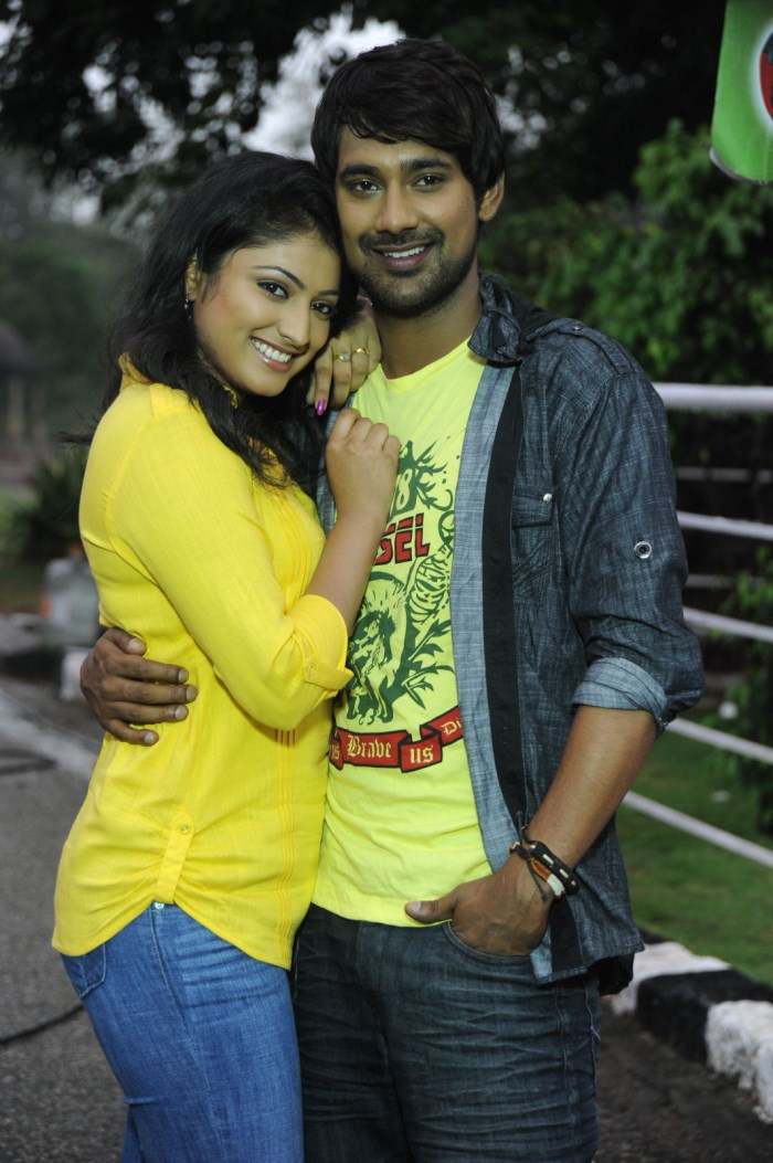 Haripriya, Varun Sandesh @ Ee Varsham Sakshiga Movie Location Pictures