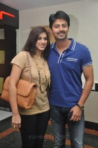 Actor Srikanth with his wife Vandana Stills