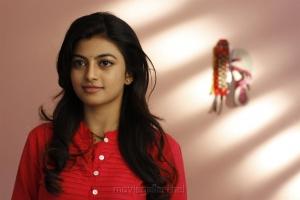 Actress Anandhi in En Aaloda Seruppa Kaanom Movie Stills