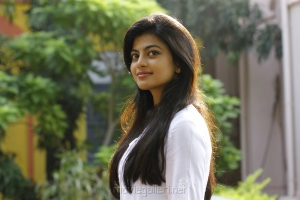 En Aaloda Seruppa Kaanom Movie Actress Anandhi Stills