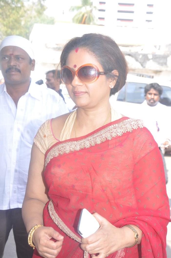 Lakshmi ramakrishnan videosex booty white