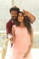Mahesh, Shalu Chourasiya in En Kadhali Scene Podura Movie Stills HD