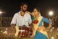 Mahesh, Shalu in En Kadhali Scene Podura Movie Stills HD