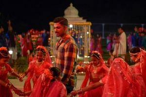 En Peyar Surya Allu Arjun HD Pics