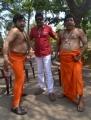 Thambi Ramaiah, RK, Singamuthu in En Vazhi Thani Vazhi Movie New Stills