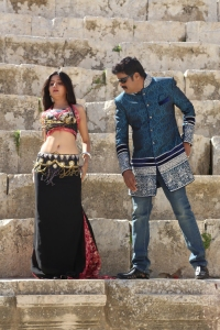 Poonam Kaur, RK in En Vazhi Thani Vazhi Tamil Movie Stills