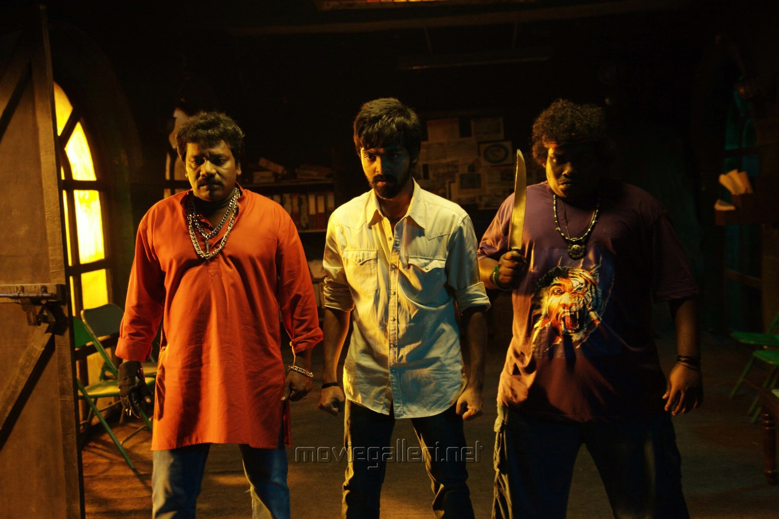 Enakku Innoru Per Irukku Movie Stills