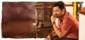 Actor Kalyan Ram in Entha Manchi Vadavu Ra Movie Stills